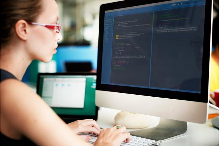 career of a computer programmer essay