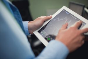 How Financial Risk Management Software Can Benefit from Big Data Analytics